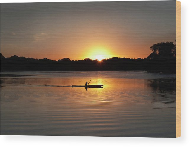 Water's Edge Wood Print featuring the photograph Sunset Kayaking In Lake Of The Isles by Yinyang