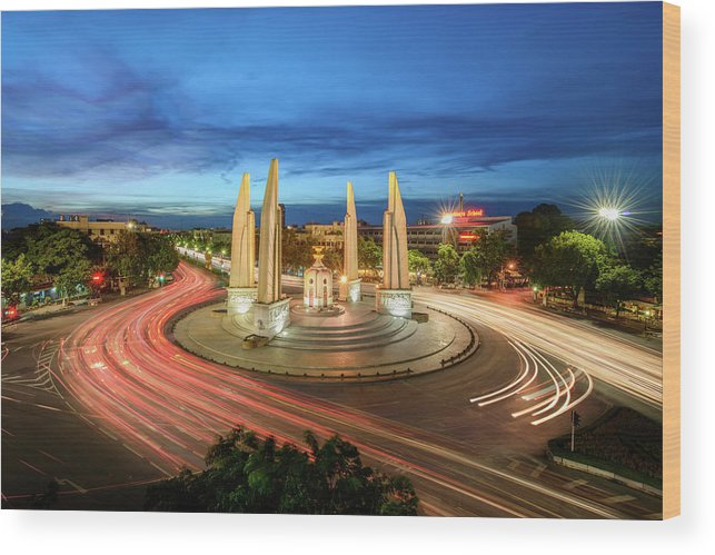 Built Structure Wood Print featuring the photograph The Democracy Monument by Thanapol Marattana
