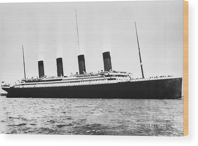 England Wood Print featuring the photograph Titanic At Sea by Bettmann