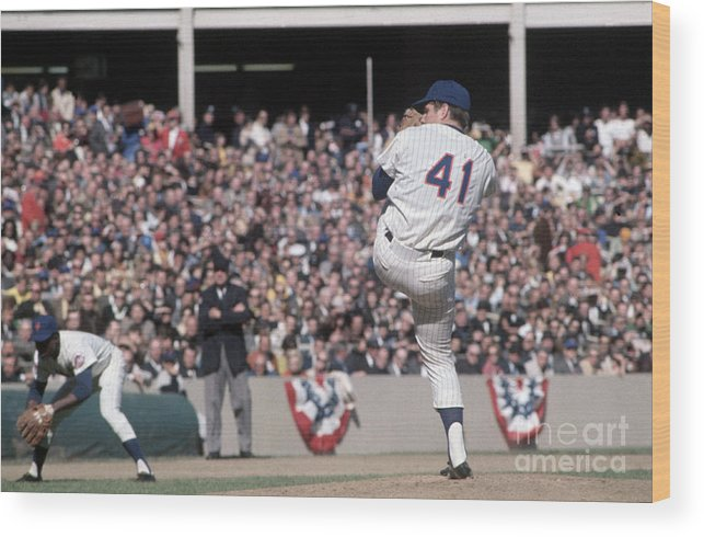 Tom Seaver Wood Print featuring the photograph Tom Seaver Pitching During Baseball Game by Bettmann