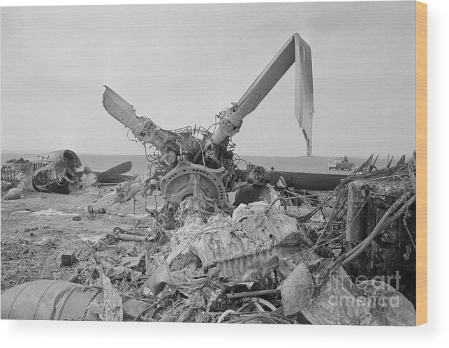 1980-1989 Wood Print featuring the photograph View Of American Helicopter by Bettmann