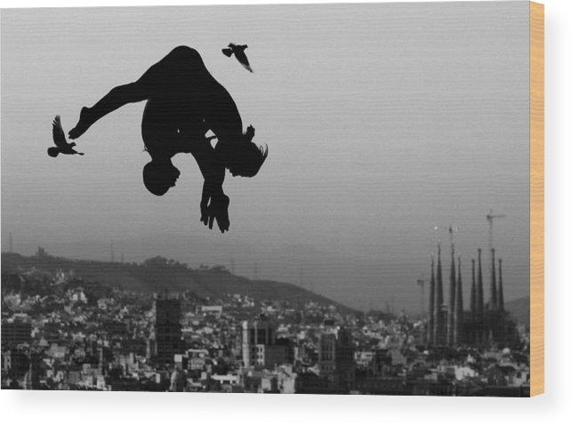 Piscina Municipal De Montjuic Wood Print featuring the photograph World Swimming Championships Barcelona by Adam Pretty