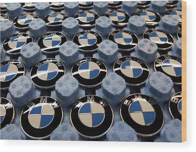 Logo Wood Print featuring the photograph BMW Ahead Of 2009 Earnings by Miguel Villagran