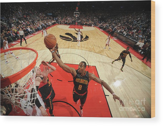 Nba Pro Basketball Wood Print featuring the photograph Dwight Howard by Ron Turenne