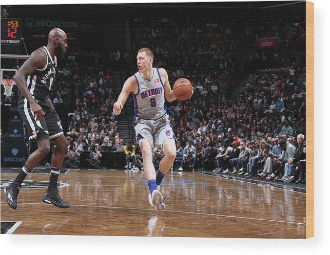 Nba Pro Basketball Wood Print featuring the photograph Henry Ellenson by Nathaniel S. Butler