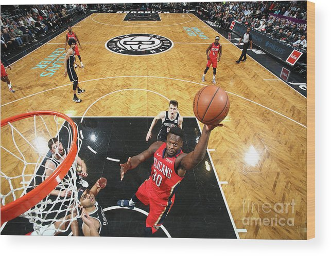 Nba Pro Basketball Wood Print featuring the photograph Julius Randle by Nathaniel S. Butler