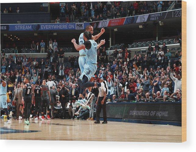 Nba Pro Basketball Wood Print featuring the photograph Avery Bradley by Joe Murphy