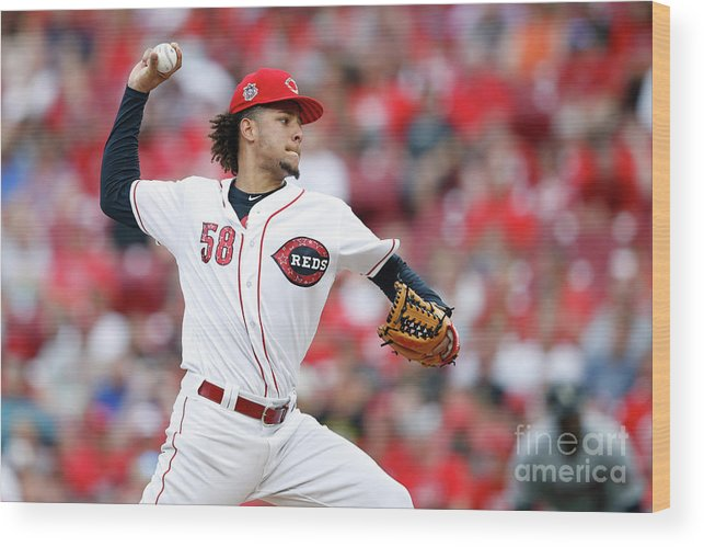 Great American Ball Park Wood Print featuring the photograph Luis Castillo by Joe Robbins