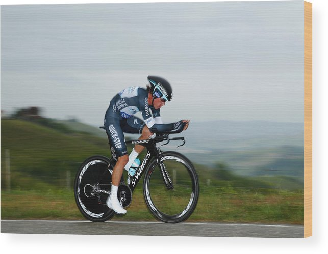 Individual Event Wood Print featuring the photograph 2014 Giro d'Italia - Stage Twelve by Harry Engels