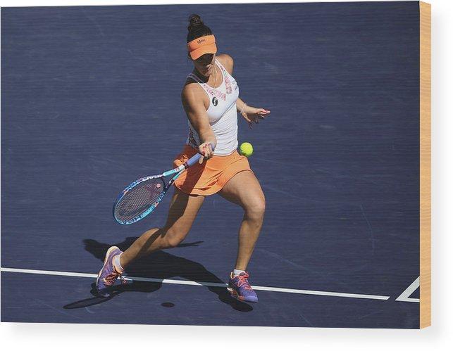 Tennis Wood Print featuring the photograph 2016 BNP Paribas Open - Day 5 by Sean M. Haffey