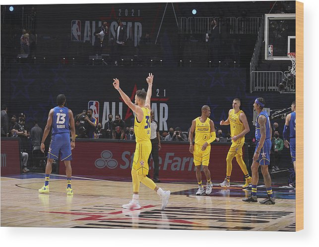 Atlanta Wood Print featuring the photograph Stephen Curry by Nathaniel S. Butler