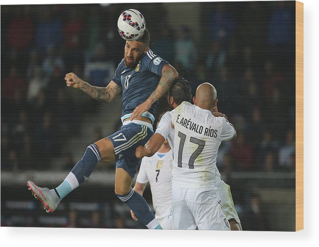 International Match Wood Print featuring the photograph Argentina v Uruguay: Group B - 2015 Copa America Chile by Raul Sifuentes