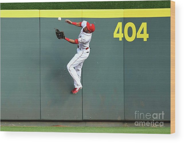 Great American Ball Park Wood Print featuring the photograph Billy Hamilton by Jamie Sabau
