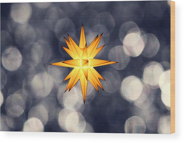 Star Of Bethlehem Wood Print featuring the photograph Christmas Atmosphere by Bernd Schunack