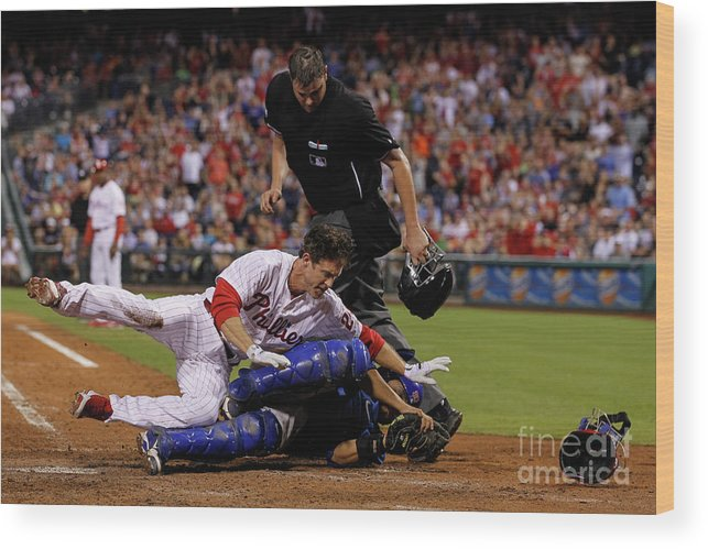 Dioner Navarro Wood Print featuring the photograph Dioner Navarro and Chase Utley by Brian Garfinkel