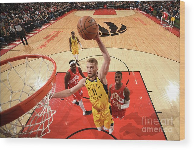 Nba Pro Basketball Wood Print featuring the photograph Domantas Sabonis by Ron Turenne