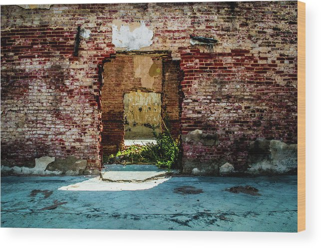 Smoke Wood Print featuring the photograph Doorway to the past by Peyton Vaughn