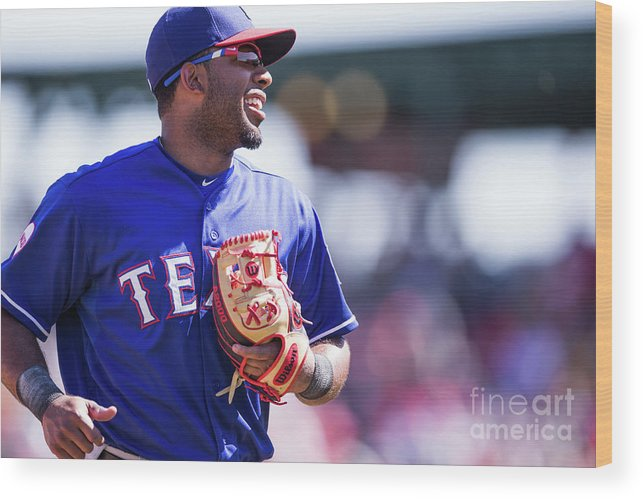 Tempe Diablo Stadium Wood Print featuring the photograph Elvis Andrus by Rob Tringali