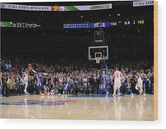 Nba Pro Basketball Wood Print featuring the photograph Eric Gordon by David Dow