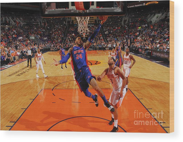 Sports Ball Wood Print featuring the photograph Eric Moreland by Barry Gossage