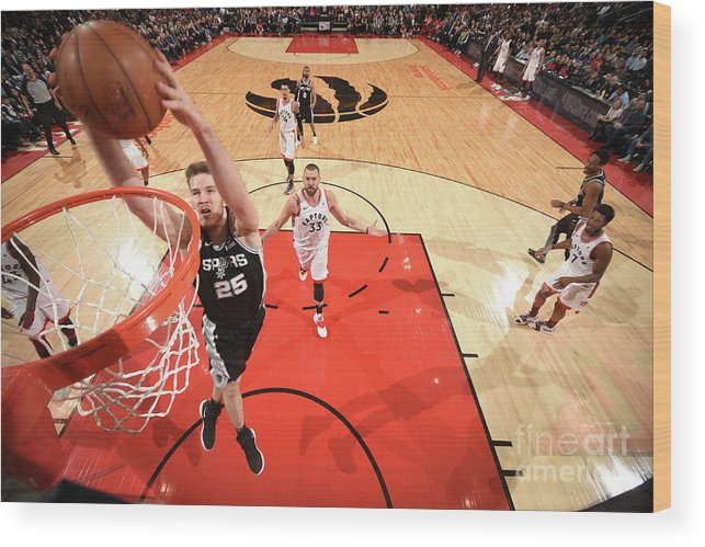 Nba Pro Basketball Wood Print featuring the photograph Jakob Poeltl by Ron Turenne
