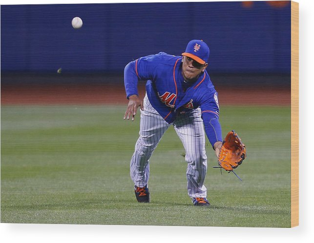 People Wood Print featuring the photograph Juan Lagares by Mike Stobe