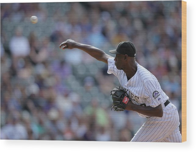 Working Wood Print featuring the photograph Latroy Hawkins by Doug Pensinger