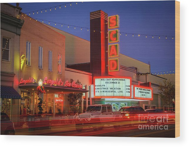 America Wood Print featuring the photograph Leopolds Ice Cream by Inge Johnsson