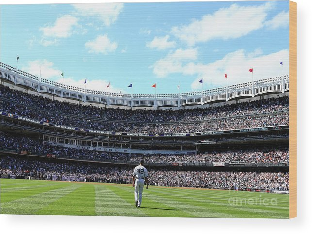 American League Baseball Wood Print featuring the photograph Mariano Rivera by Elsa