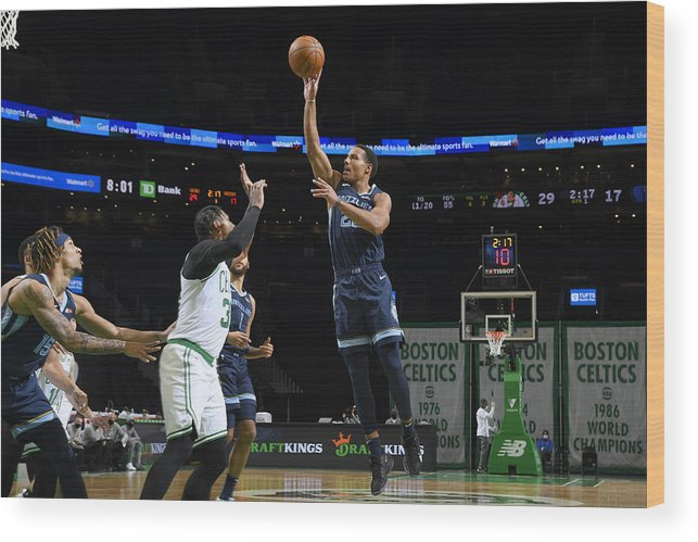 Nba Pro Basketball Wood Print featuring the photograph Memphis Grizzlies v Boston Celtics by Brian Babineau