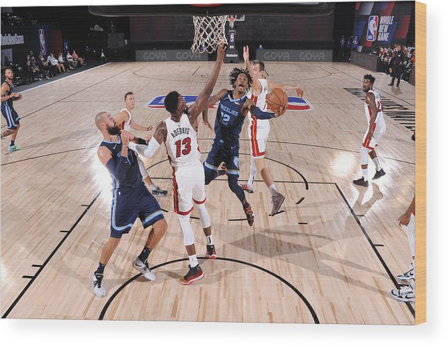 Nba Pro Basketball Wood Print featuring the photograph Memphis Grizzlies v Miami Heat by David Dow