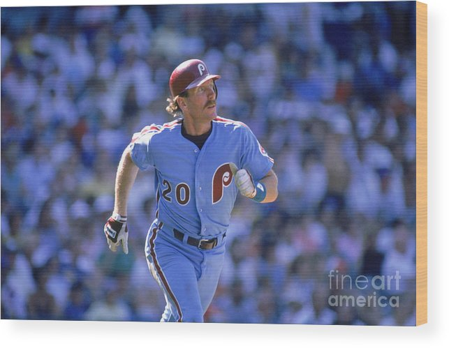 1980-1989 Wood Print featuring the photograph Mike Schmidt by John Williamson