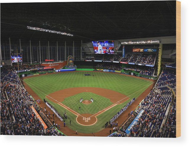 People Wood Print featuring the photograph New York Mets v Miami Marlins by Rob Foldy