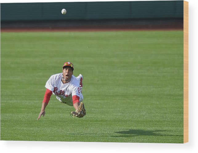Ball Wood Print featuring the photograph Scooter Gennett and Ben Revere by Drew Hallowell