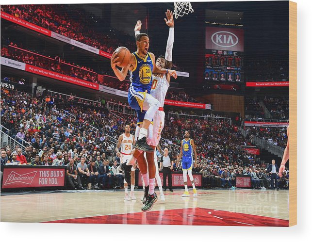 Atlanta Wood Print featuring the photograph Stephen Curry by Scott Cunningham