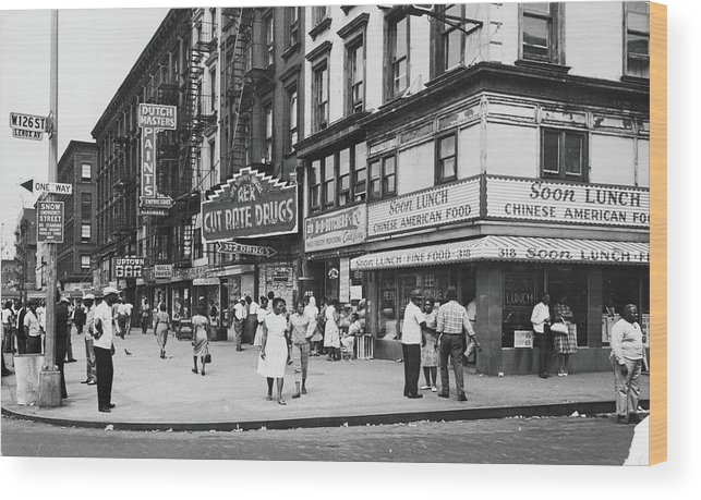Pedestrian Wood Print featuring the photograph 125th & Lenox, 1963 by Fred W. McDarrah