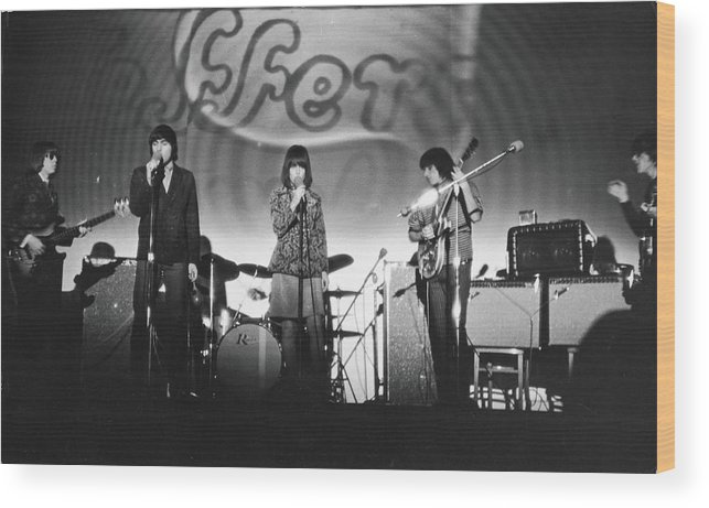 Rock Music Wood Print featuring the photograph Jefferson Airplane At The Fillmore East by Fred W. McDarrah