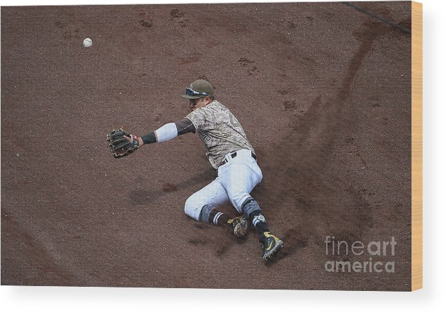Second Inning Wood Print featuring the photograph Christian Villanueva and Brandon Belt by Denis Poroy