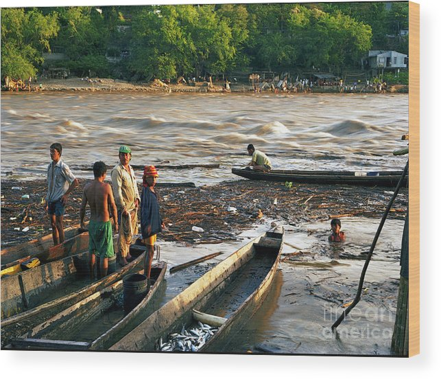 Water Wood Print featuring the photograph Fishing The River Magdalena by Lawrence Costales