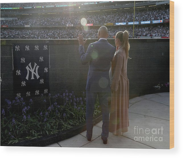 People Wood Print featuring the photograph Derek Jeter Ceremony by Elsa