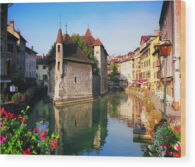 Town Wood Print featuring the photograph Annecy, Savoie, France by Robertharding