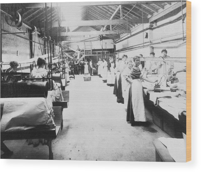 1910-1919 Wood Print featuring the photograph Industrial Laundering by Chaloner Woods