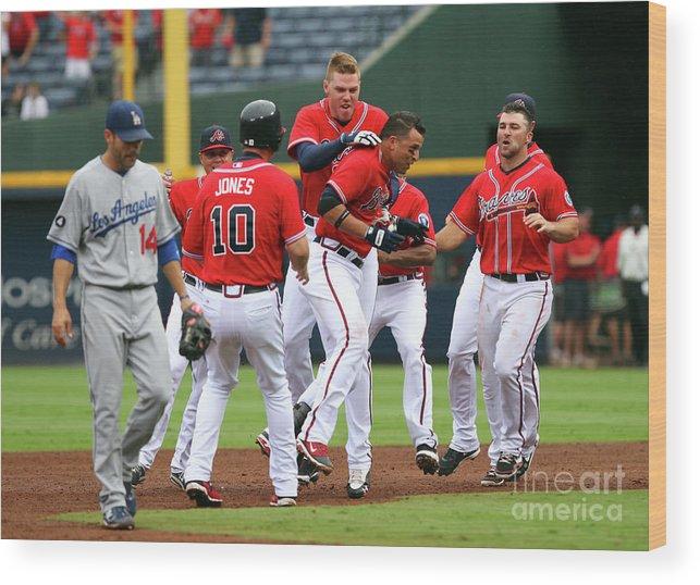 Atlanta Wood Print featuring the photograph Los Angeles Dodgers V Atlanta Braves by Joe Murphy