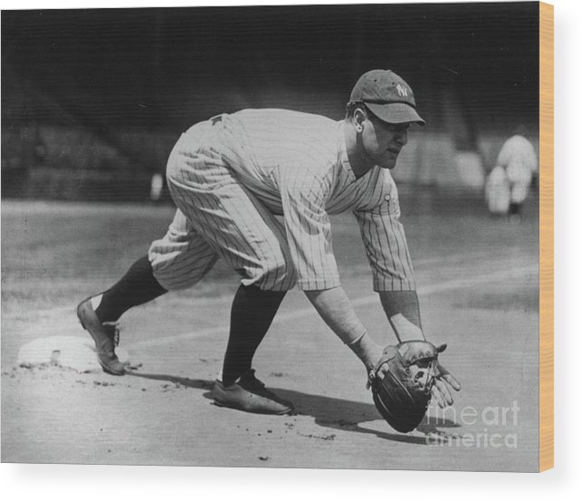 People Wood Print featuring the photograph Lou Gehrig At First by Transcendental Graphics