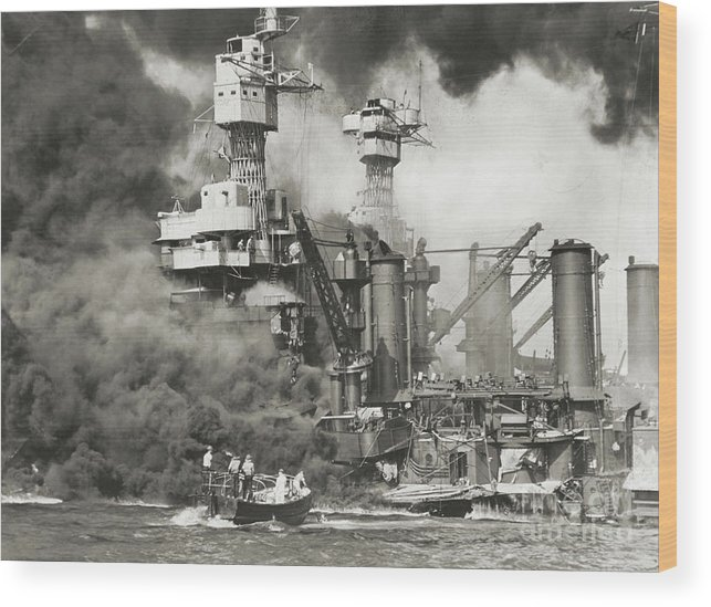 People Wood Print featuring the photograph Pearl Harbor Being Attacked by Bettmann
