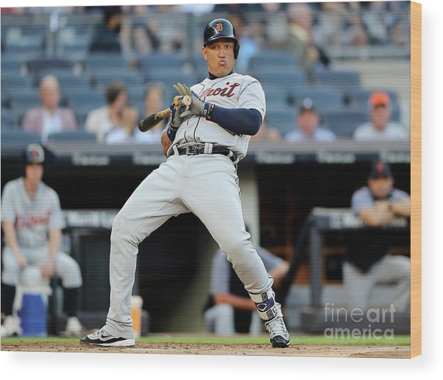 People Wood Print featuring the photograph Miguel Cabrera by Elsa