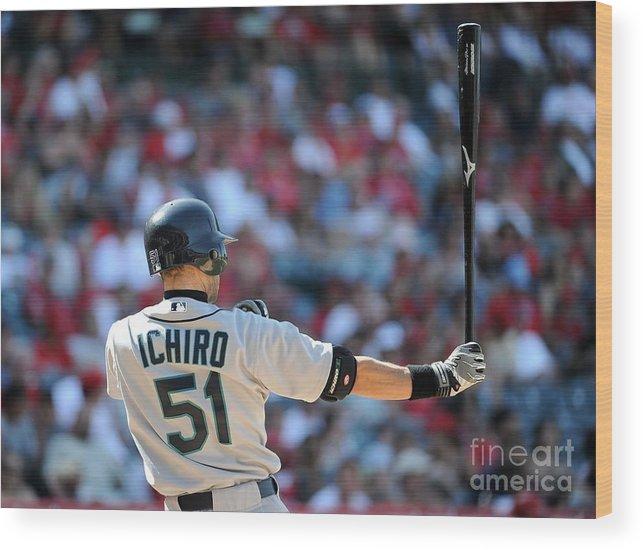 American League Baseball Wood Print featuring the photograph Ichiro Suzuki by Harry How