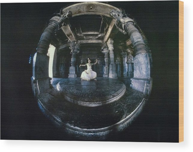 Dance Wood Print featuring the photograph Shanta Rao Performing In Halebidu Temple by Arnaud de Rosnay
