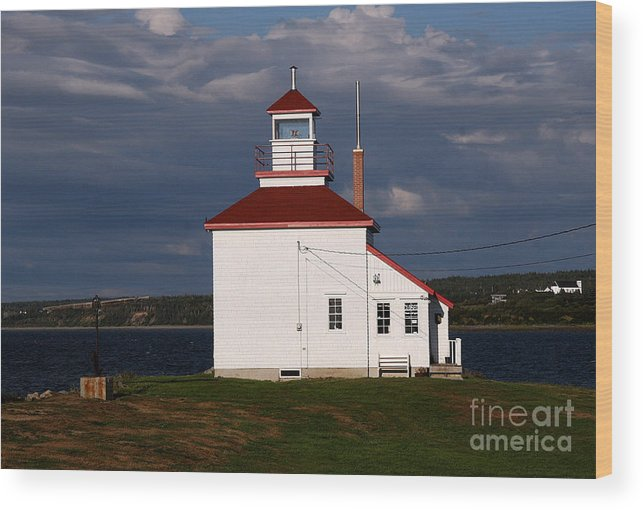 Gilbert Cove Lighthouse Wood Print featuring the photograph Gilbert Cove Lighthouse by Brenda Giasson