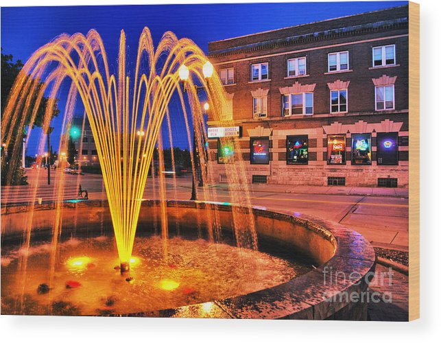 Menasha Wood Print featuring the photograph Menasha Lighted Fountain by Ever-Curious Photography